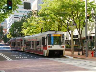 NXP helps the Portland-Vancouver Metro region move intelligence to the cloud with the new Hop Fastpass™ Transit Card used on Buses, the Light Rail and Streetcars